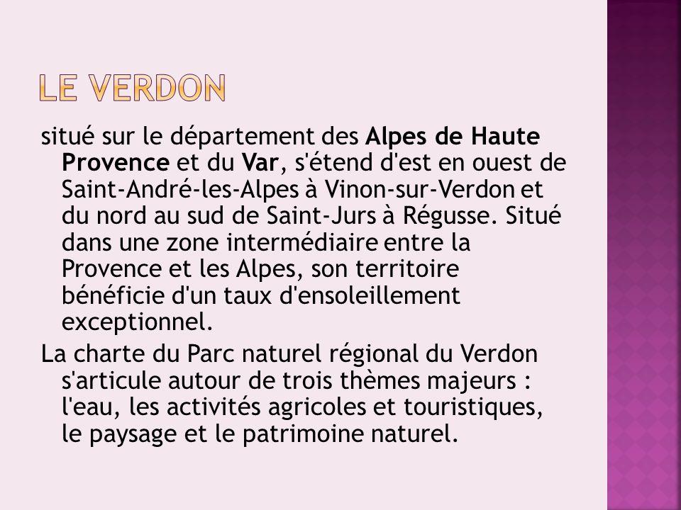 situé sur le département des Alpes de Haute Provence et du Var, s'étend d'est en ouest de Saint-André-les-Alpes à Vinon-sur-Verdon et du nord au sud d