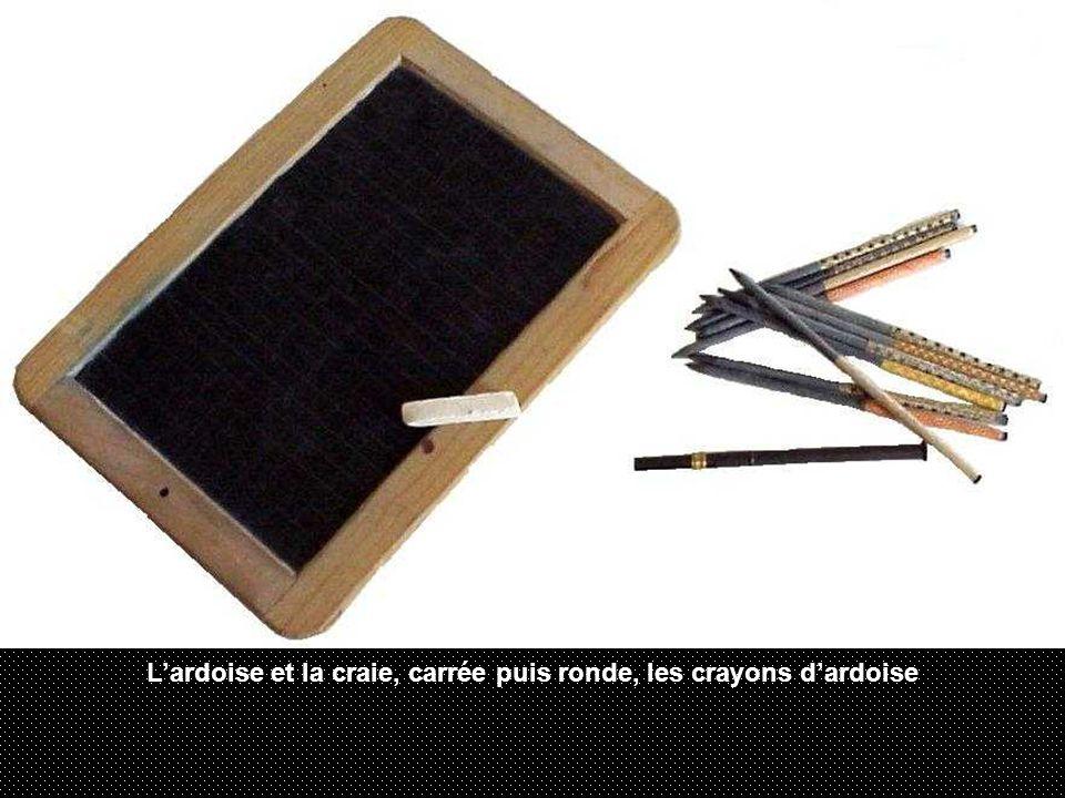 L'ardoise et la craie, carrée puis ronde, les crayons d'ardoise