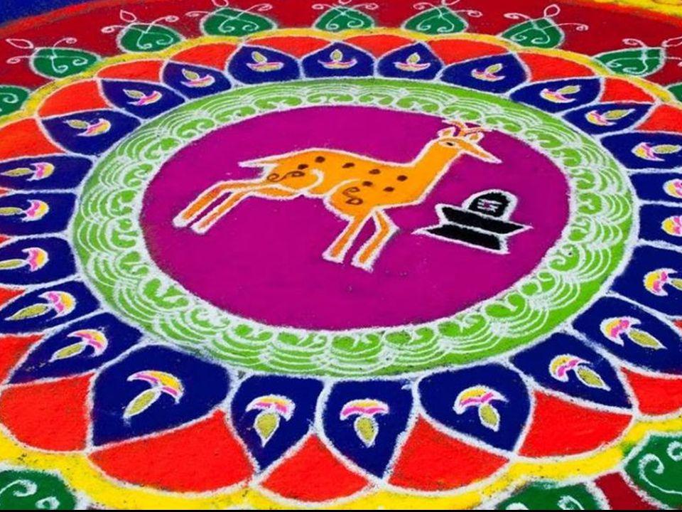 Dans une boutique on peut acheter du riz et de la farine coloré pour le rituel.