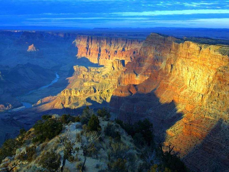 L'Arizona, « petite source » en indien, situé dans le sud-ouest du pays, est bordé par la Californie, le Nevada, l'Utah, le Nouveau-Mexique et les éta