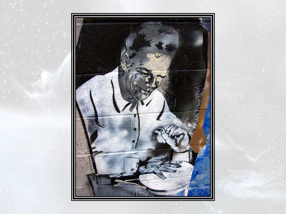 Dans tous les pays du monde, des campagnes d information se déroulaient simultanément pour expliquer aux peuples que la « réaction Nu », sous la forme réduite du « réacteur Nu » du professeur Richard Feynman, était impossible et qu il n y fallait voir que la rêverie facétieuse d un très vieux savant.