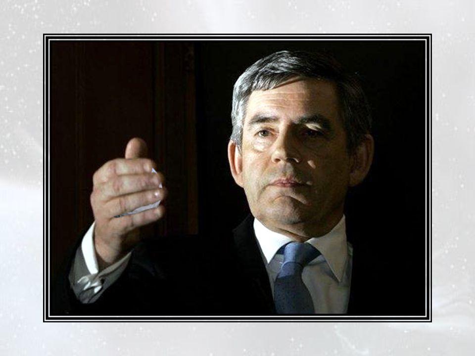 —Je pense que c'est une bonne méthode,,, » dit le chancelier de l'Échiquier, exprimant le jugement de tous. Cependant ils attendaient encore quelque c
