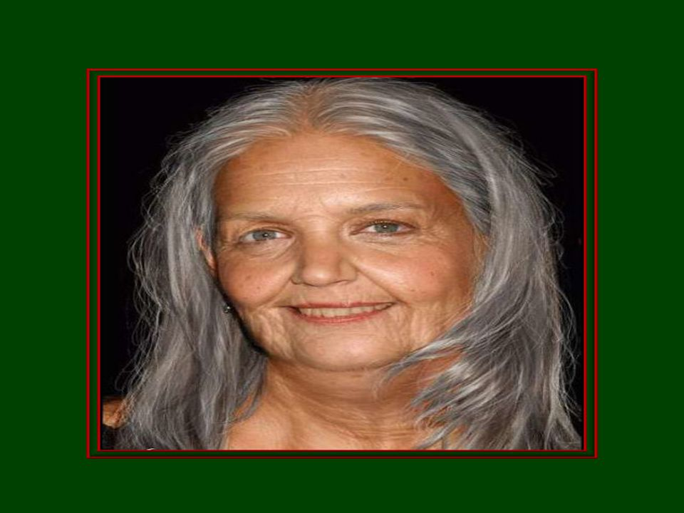 La grand-maman qui est ridée, Son visage est par la vie, marqué, Ce qu'elle est belle en dedans ! Personne ne peut en dire autant !