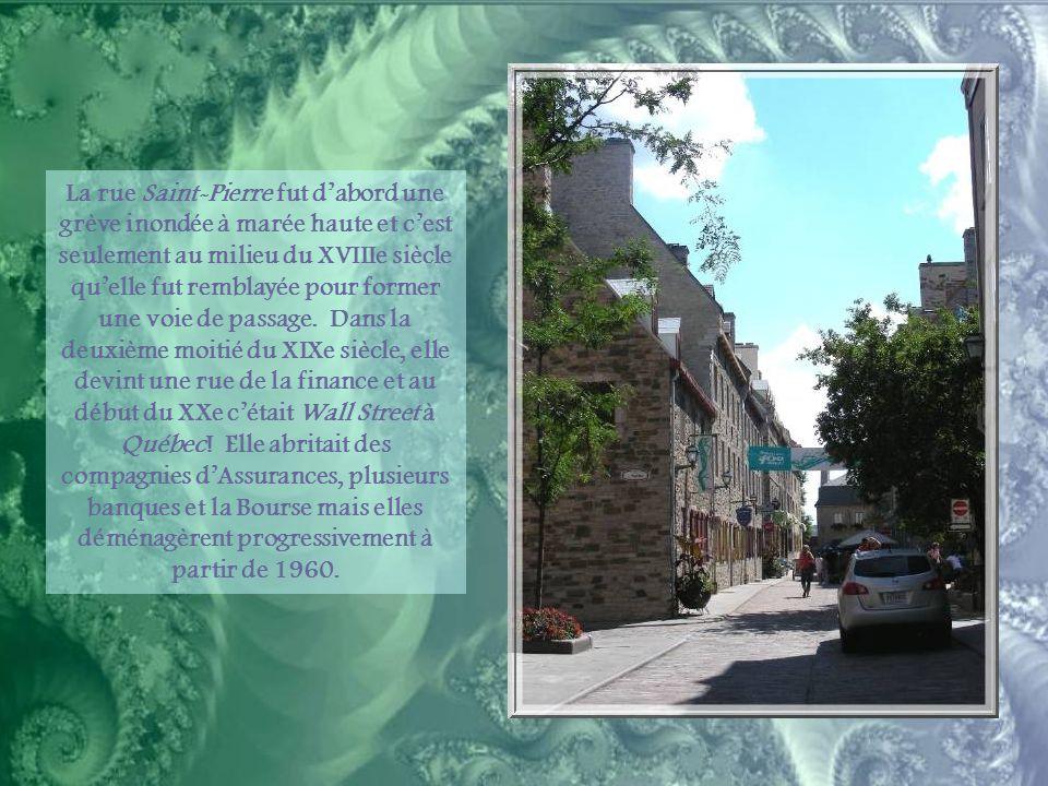 Et pour compléter notre visite, grâce aux photos d'un voyage précédent par temps plus ensoleillé, un petit tour dans les quartiers voisins, la Place Royale et le quartier Champlain.