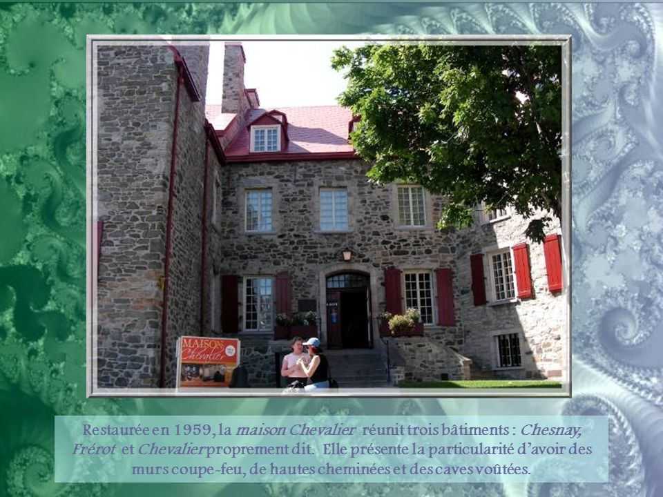 Le Funiculaire de Québec permet de relier la Basse à la Haute-Ville.