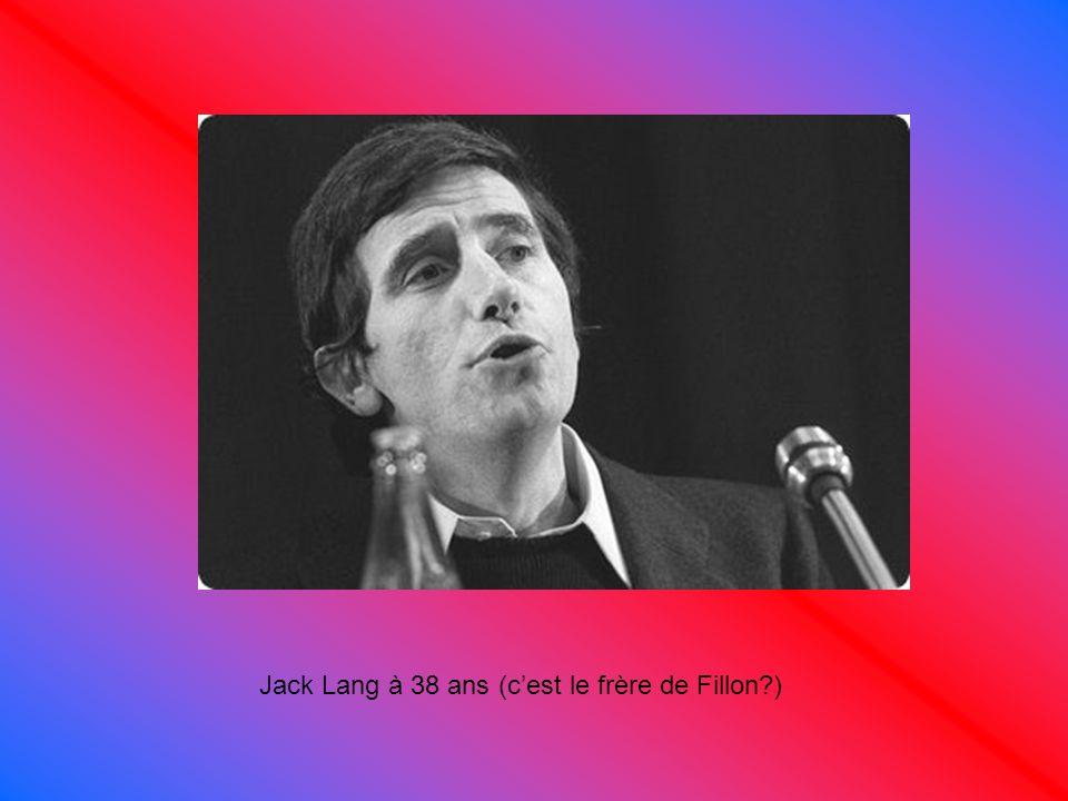 Jack Lang à 38 ans (c'est le frère de Fillon?)
