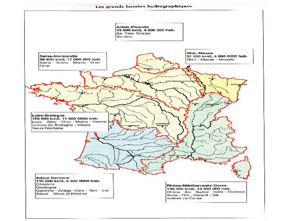 Quelques lois expliquant la gestion de l'eau La loi du 16 décembre 1964 : première grande loi française sur l eau, organise la gestion de l eau autour des six grands bassins hydrographiques français, issus d un découpage naturel selon les lignes de partage des eaux.