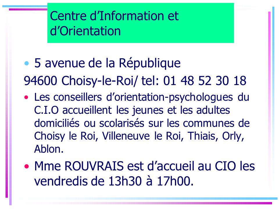 2nde générale et technologique 9 MATIERES OBLIGATOIRES Français (4h) Mathématiques (4h) Histoire-géographie ) (3h30) Education civique (30mn) LV1/LV2 (5h30) Physique-chimie (3h) SVT (1h30) EPS (2h) Accompagnement personnalisé (2h) + 2 ENSEIGNEMENTS D'EXPLORATION (EE) AU CHOIX (3h) + 1 OPTION FACULTATIVE (3h) 25h30