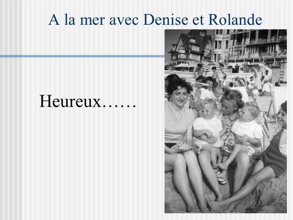 En 1959 Pascal et moi : entourés de Jean-Pierre, tante Flavie, Tante Elise, Papa, Oncle Maurice Brigitte et son petit chien