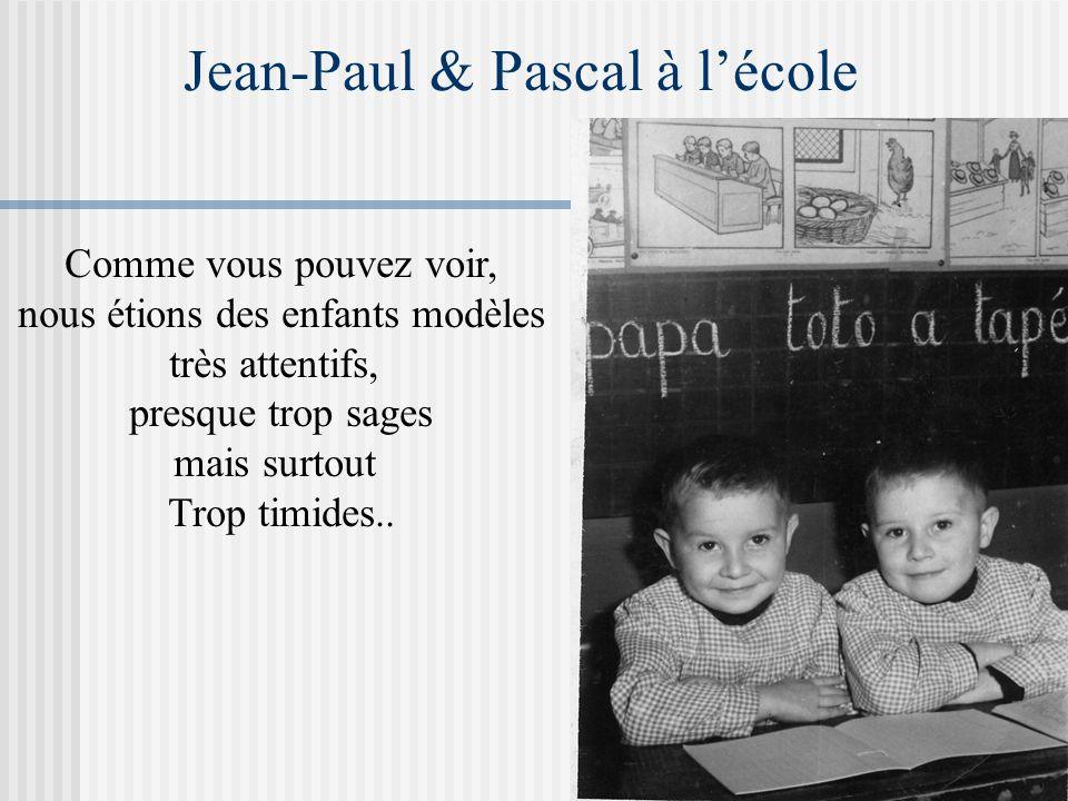 Notre petite jeunesse A gauche, BM et ses petits enfants Ci-dessous, Jean-Paul et Pascal avec Brigitte et Marie-Andrée