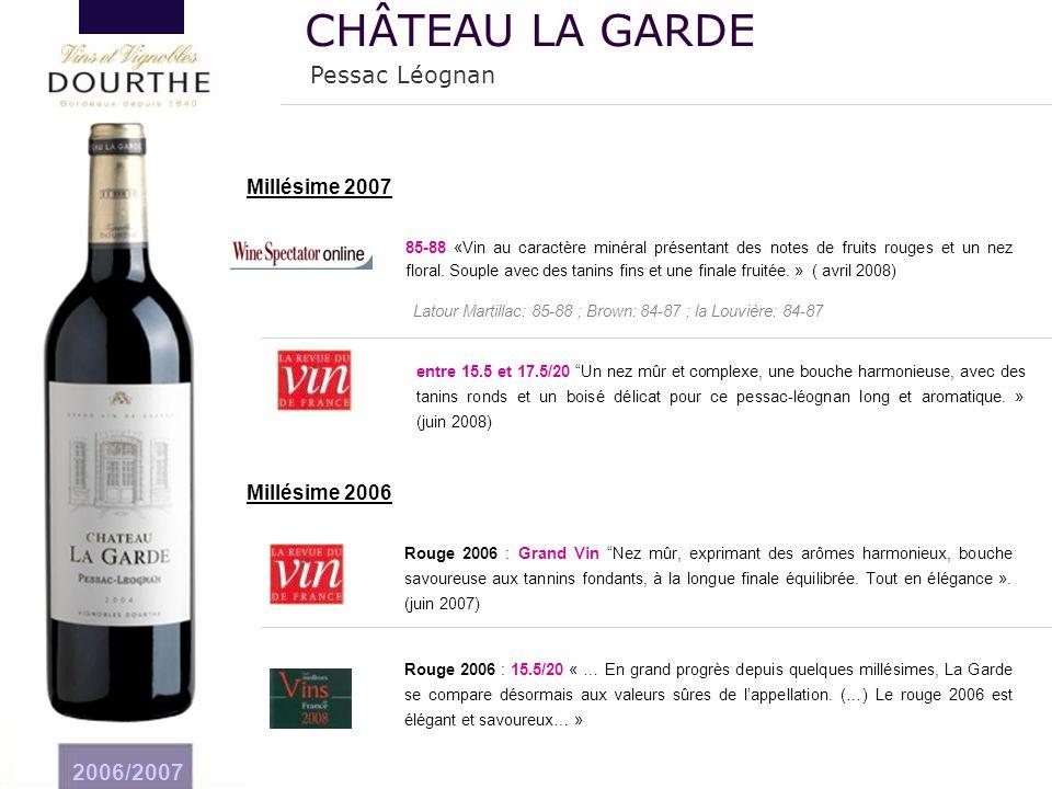 """2006/2007 Rouge 2006 : Grand Vin """"Nez mûr, exprimant des arômes harmonieux, bouche savoureuse aux tannins fondants, à la longue finale équilibrée. Tou"""