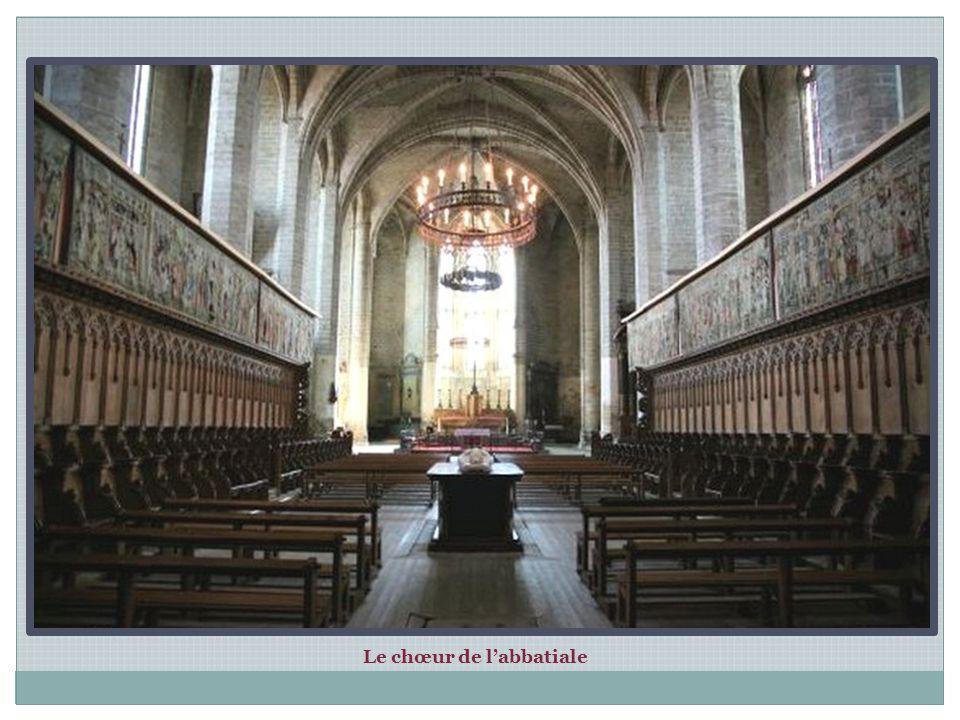 La Tour Clémentine Nom attribué en l honneur de Clément VI