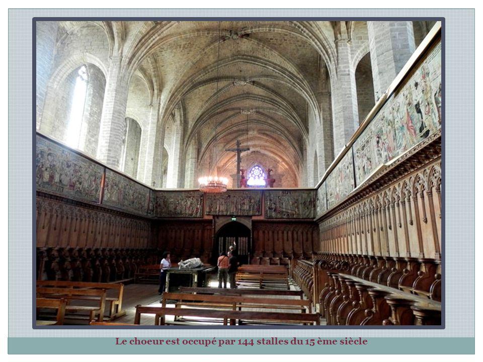 Le chœur de l'abbatiale