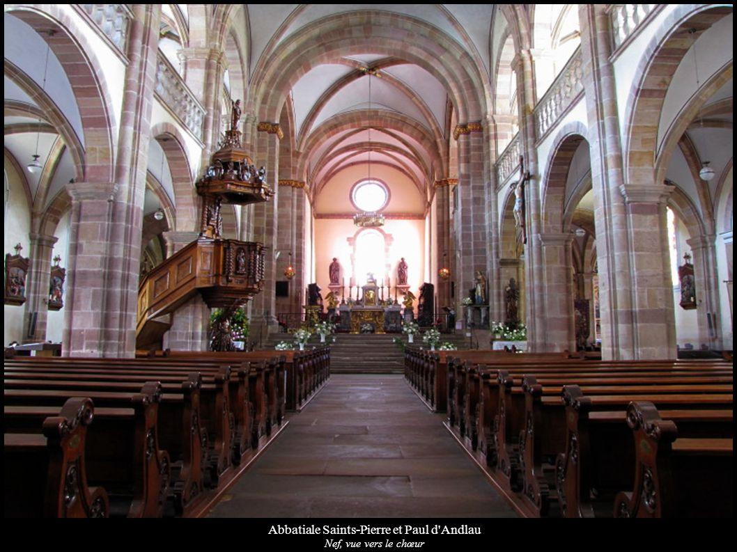 Abbatiale Saints-Pierre et Paul d'Andlau Nef, vue vers le chœur