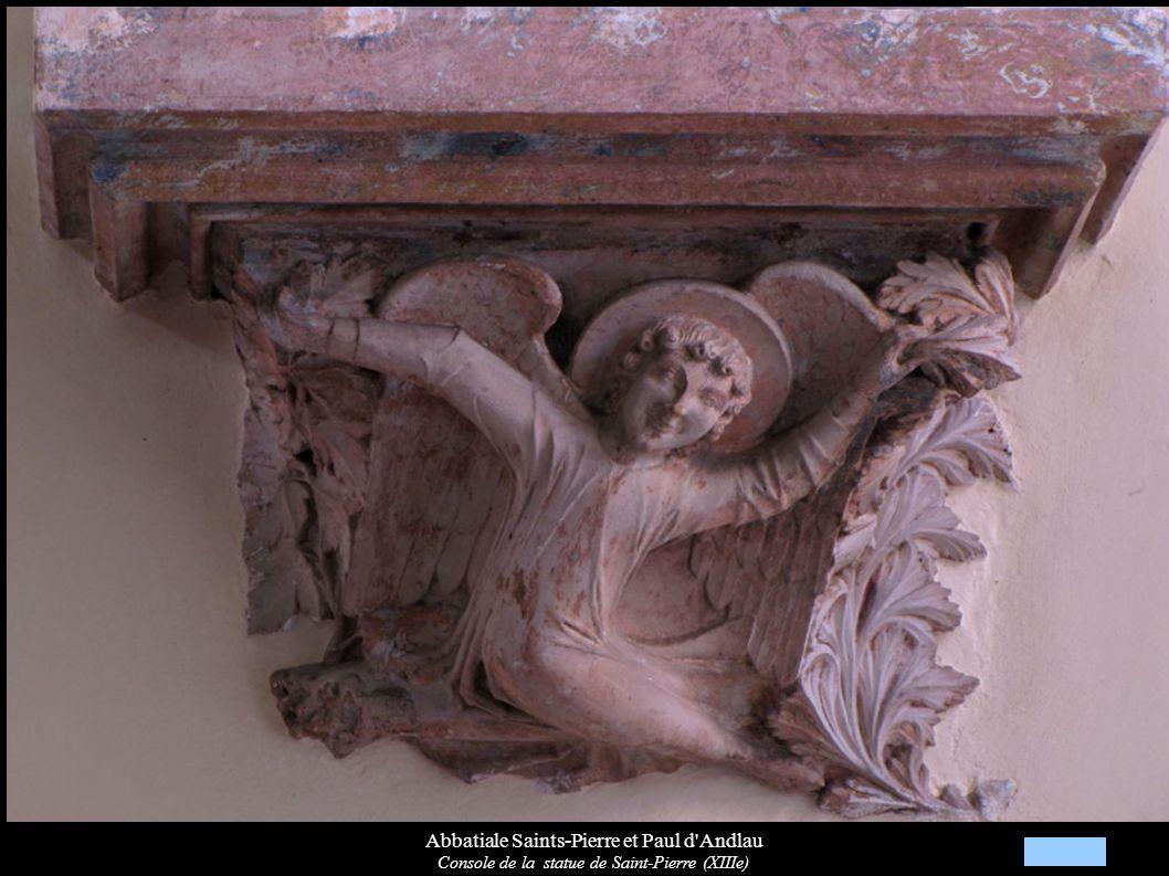 Abbatiale Saints-Pierre et Paul d'Andlau Console de la statue de Saint-Pierre (XIIIe)