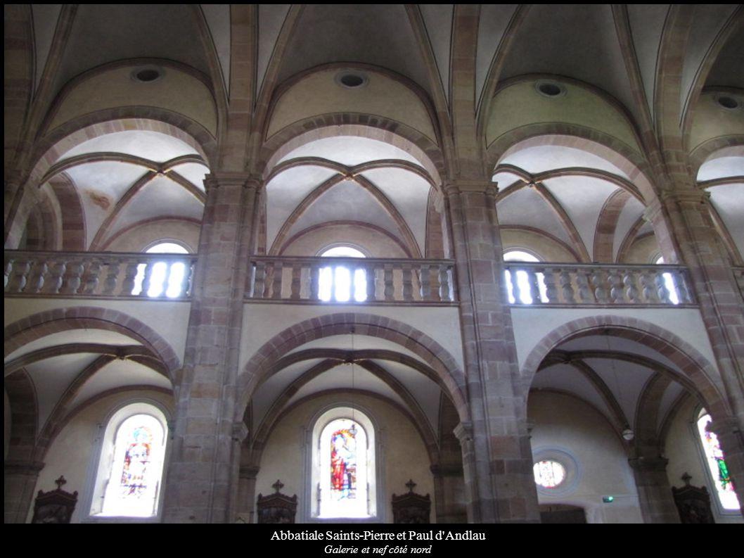 Abbatiale Saints-Pierre et Paul d'Andlau Galerie et nef côté nord