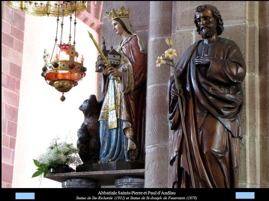 Abbatiale Saints-Pierre et Paul d'Andlau Statue de Ste-Richarde (1932) et Statue de St-Joseph de Feuerstein (1879)