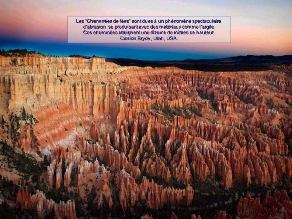 Les Cheminées de fées sont dues à un phénomène spectaculaire d'abrasion se produisant avec des matériaux comme l'argile.