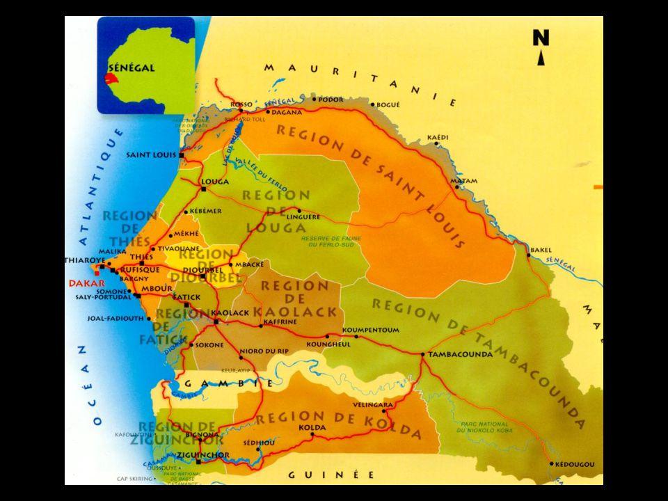 CapitaleDakar (+ 1 000 000) Statut République démocratique Indépendance Président France 4 Avril 1960 Abdoulaye Wade Superficie196 722 Km2 13.7 millions d'habitantsPopulation 4 AvrilFête nationale