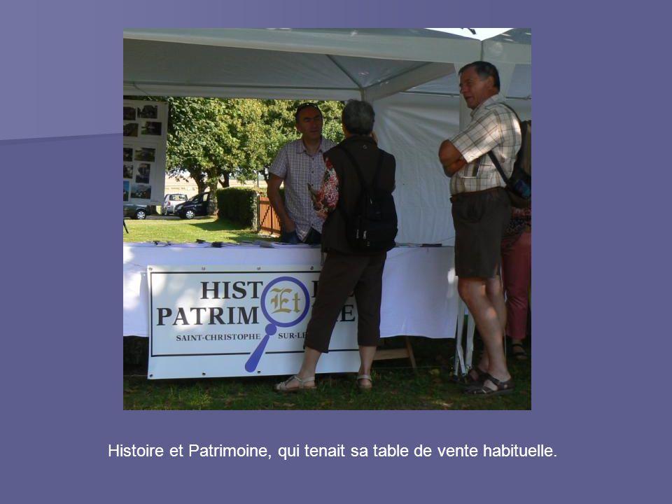 Histoire et Patrimoine, qui tenait sa table de vente habituelle.