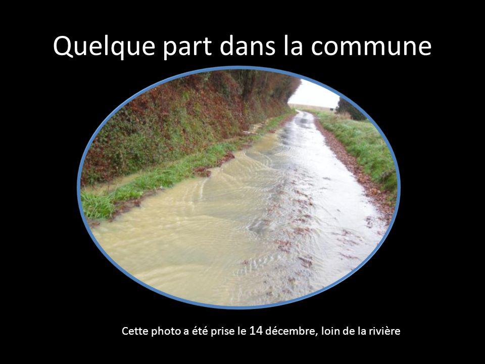 Quelque part dans la commune Cette photo a été prise le 14 décembre, loin de la rivière