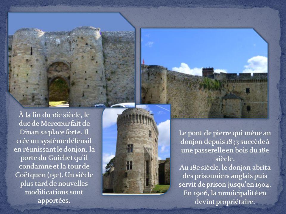 C'est Jean de Monfort (Jean IV) qui fit élever la forteresse. Construite à l'angle sud-ouest de l'enceinte, près de la porte du Guichet (13e) qui cons
