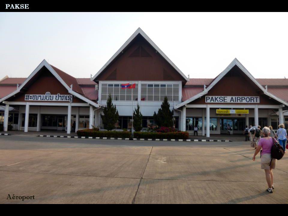 Route nationale 13 Arrivée au site d Oum Muang