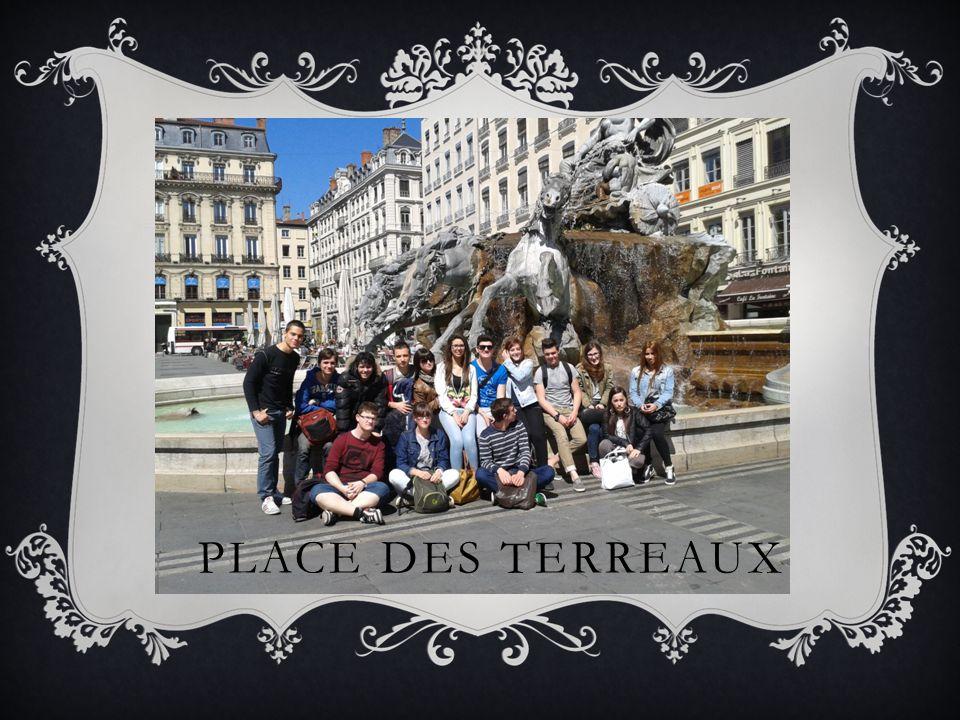 PLACE DES TERREAUX