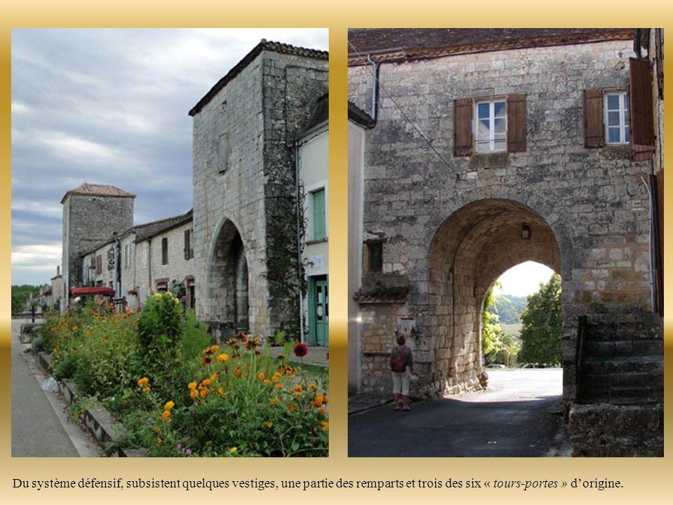 La Bastide de MONPAZIER C'est la plus belle de Dordogne et sans doute de France.