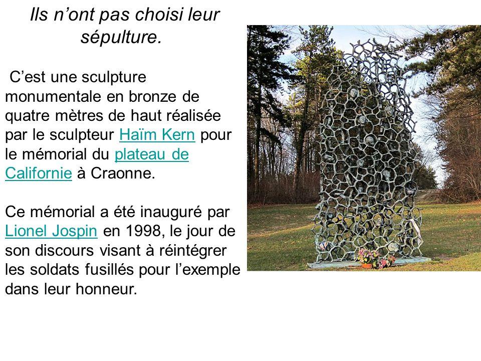Ils n'ont pas choisi leur sépulture. C'est une sculpture monumentale en bronze de quatre mètres de haut réalisée par le sculpteur Haïm Kern pour le mé