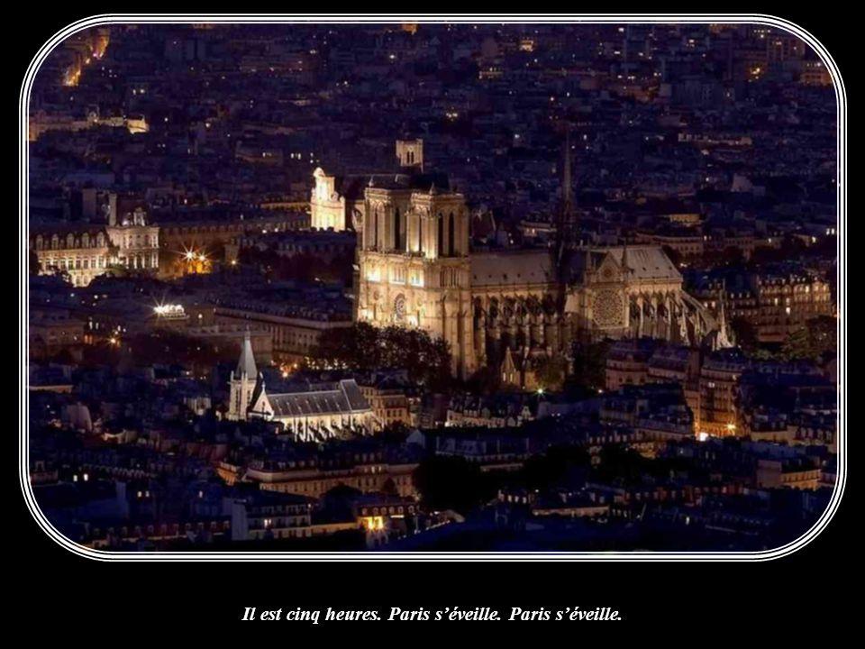Paris by night regagne les cars. Les boulangers font des bâtards.