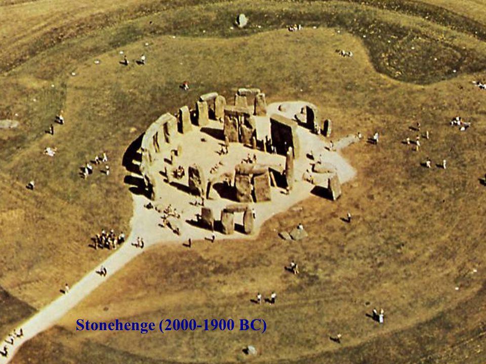 Stonehenge (2000-1900 BC)