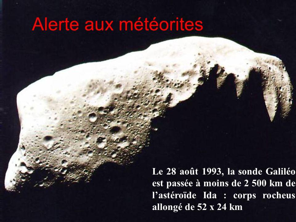 Alerte aux météorites Le 28 août 1993, la sonde Galiléo est passée à moins de 2 500 km de l'astéroïde Ida : corps rocheus allongé de 52 x 24 km