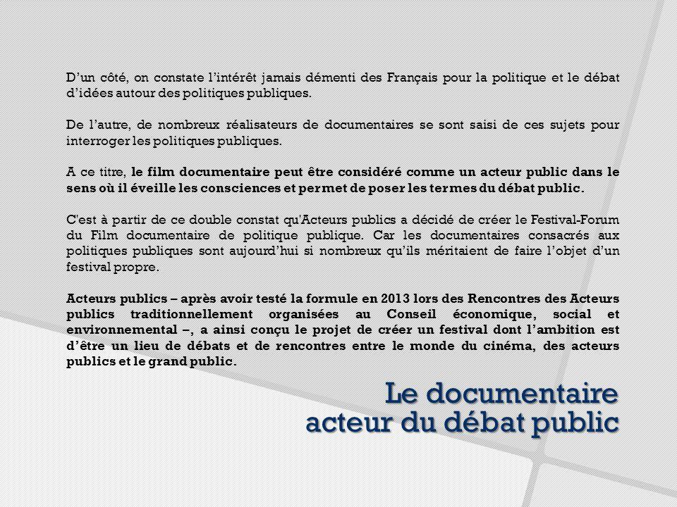 D'un côté, on constate l'intérêt jamais démenti des Français pour la politique et le débat d'idées autour des politiques publiques.