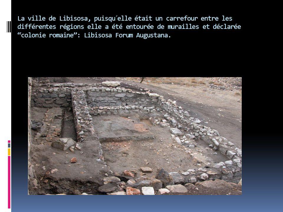 """La ville de Libisosa, puisqu´elle était un carrefour entre les différentes régions elle a été entourée de murailles et déclarée """"colonie romaine"""": Lib"""