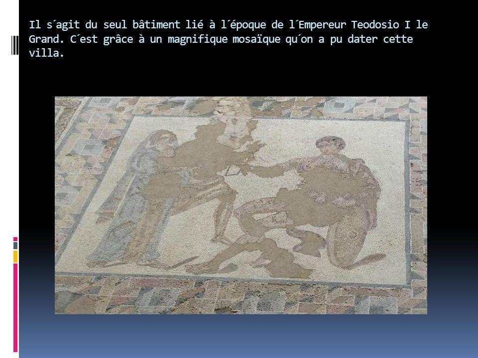 Il s´agit du seul bâtiment lié à l´époque de l´Empereur Teodosio I le Grand. C´est grâce à un magnifique mosaïque qu´on a pu dater cette villa.