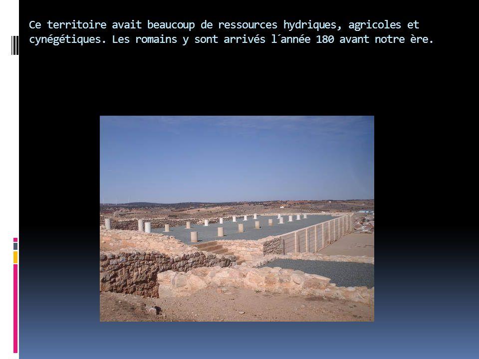 Ce territoire avait beaucoup de ressources hydriques, agricoles et cynégétiques. Les romains y sont arrivés l´année 180 avant notre ère.