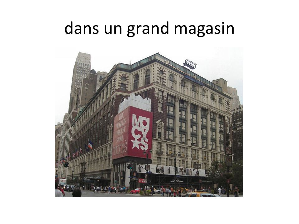 dans un grand magasin