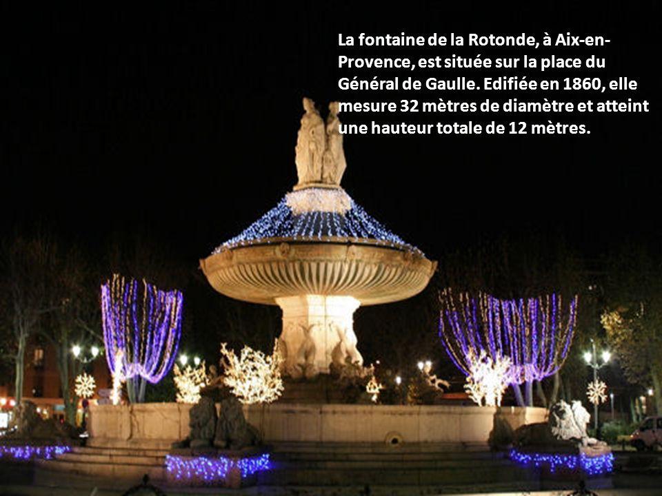 Redon, dans le département de l'Ille- et-Vilaine, a décoré la tour de l'abbatiale Saint-Sauveur, merveille de l'art roman.
