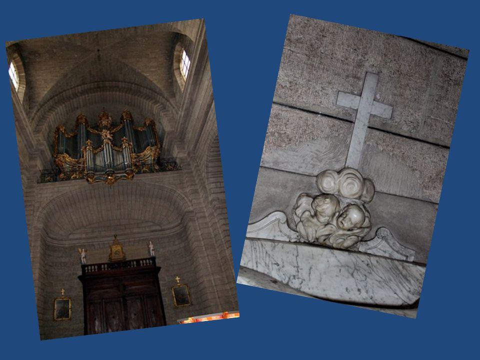 Premier Indice Ancienne Commanderie De St Jean de Jérusalem XVI ème siècle Edifiée à l'emplacement De la Maison des Templiers XI ème siècle