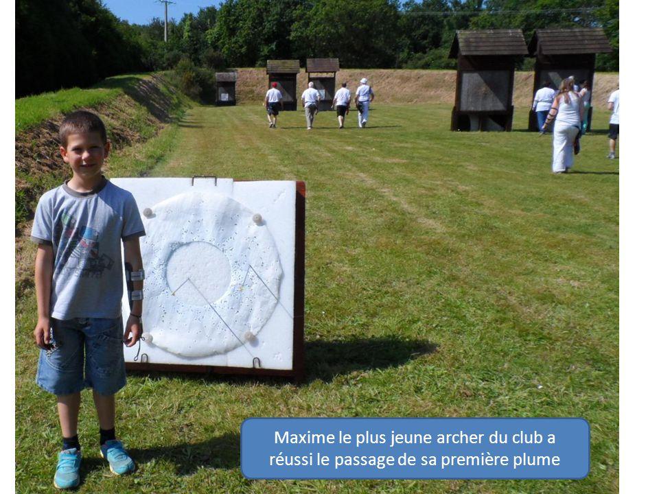 Maxime le plus jeune archer du club a réussi le passage de sa première plume