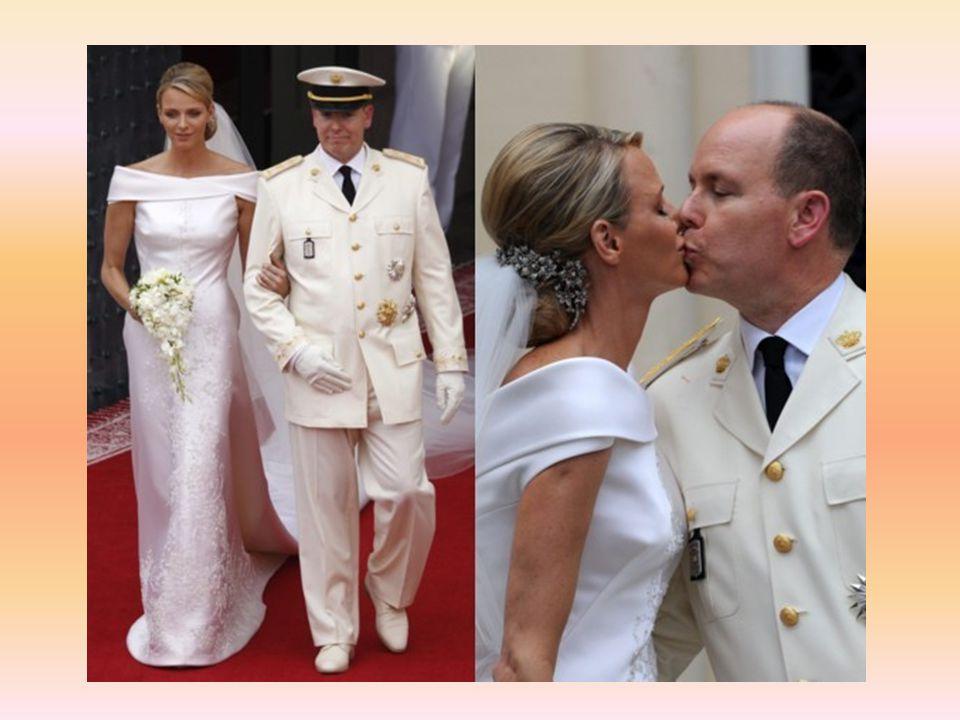 Parmi les royaux conviés au mariage religieux du prince Albert de Monaco et de la princesse Charlène, il y a ceux (et surtout celles) qui ont brillé par leur extraordinaire élégance, souvent colorée, ceux qui ne sont pas venus (à l image de Felipe et Letizia d Espagne, qui se sont décommandés à la dernière minute), et enfin ceux qui auraient peut-être été inspirés d en faire autant...