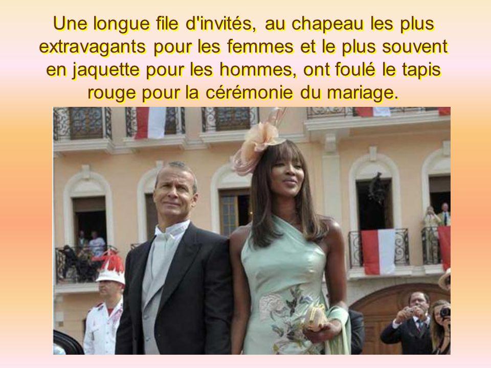 La Princesse Mathilde portait une robe verte émeraude tandis que le Prince Philippe avait cru qu'il allait à un enterrement et avait opté pour une cos