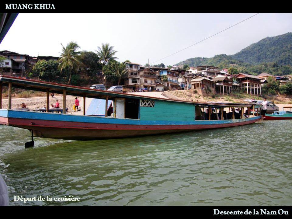 Route MUANG LA - MUANG KHUA Pont de Bambou sur Nam Pak