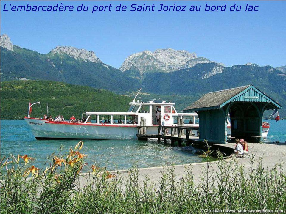 Le port de plaisance de Saint Jorioz au bord du lac