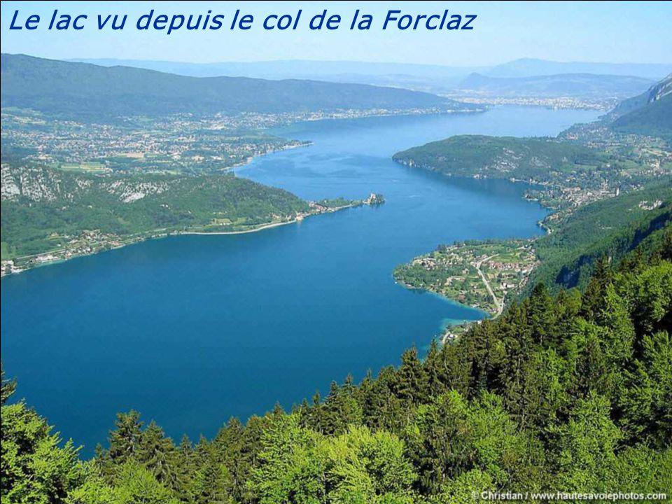 Les Dents de Lanfon, le Lanfonnet, le Château de Duingt et le lac