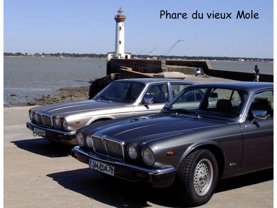 Port & pont de St Nazaire sur l'estuaire de la Loire