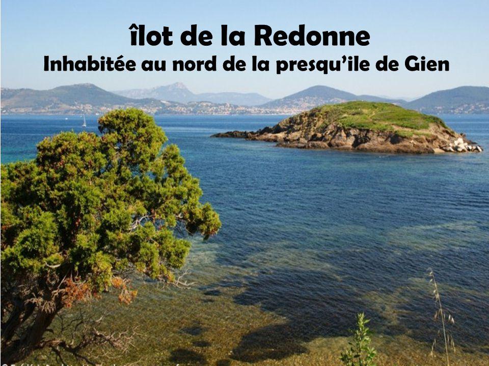Le nom de l'île fait sans doute référence à un type de poisson méditerranéen dénommé vieille. Île des Vieilles