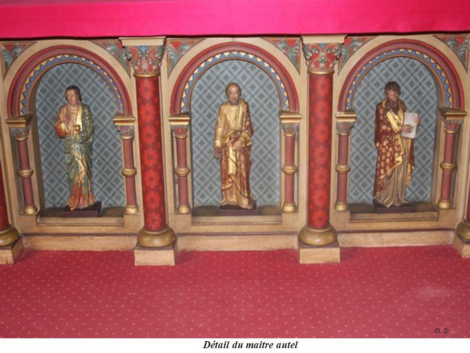 Maitre autel de l'égliseDétail du maitre autel