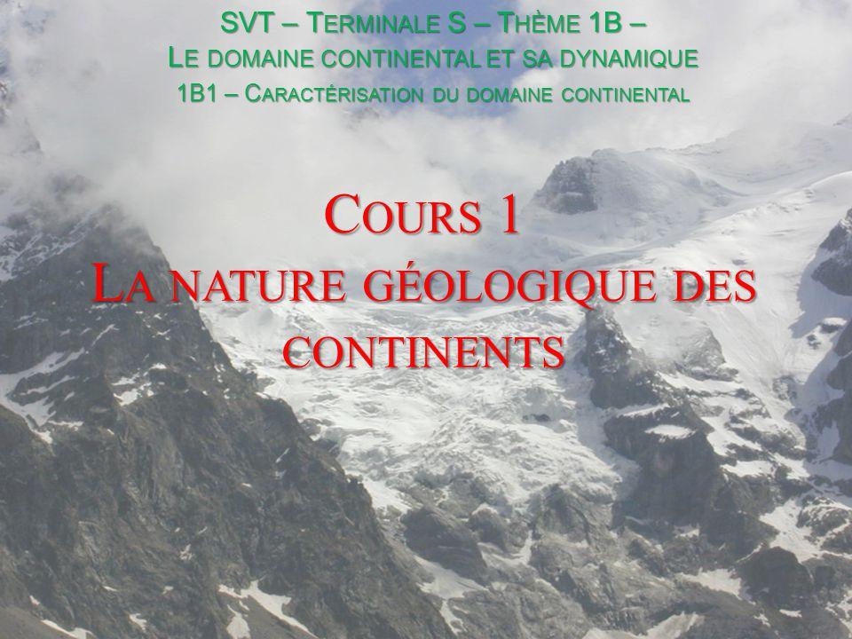 I- Les roches continentales A- 2 croutes dans une lithosphère GRANITE (+ Roches métamorphiques) BASALTE GABBRO PERIDOTITE Les croutes sont la couche superficielle peu dense au dessus d'un ensemble plus dense composé de péridotite : le manteau